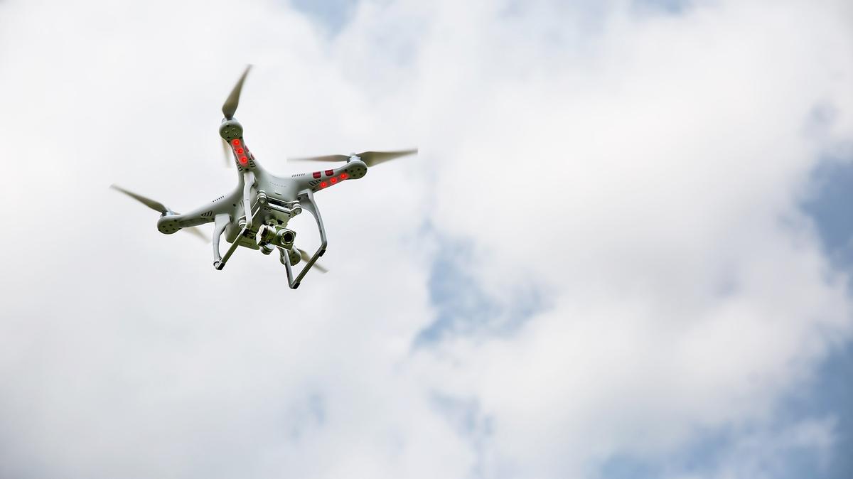 drone-1-1200xx2500-1406-0-131